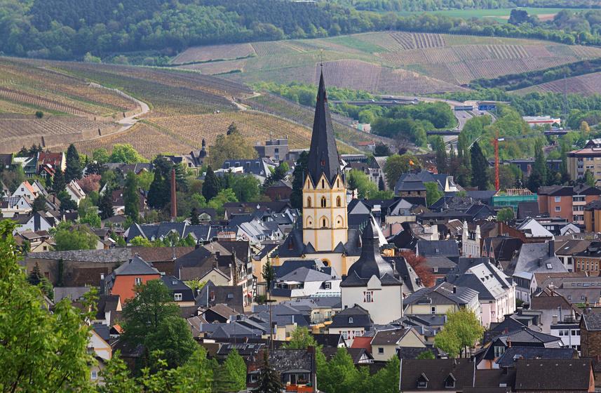 Blick auf ide Kirche von Bad Neuenahr Ahrweiler